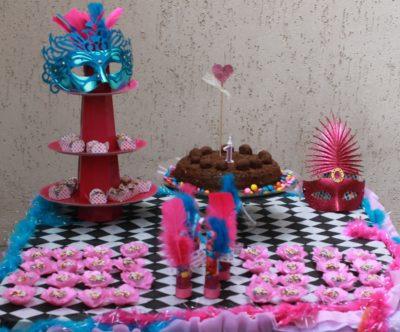 mesa carnaval infantil