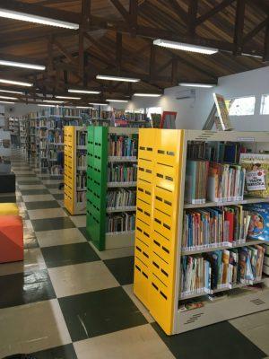 biblioteca municipal ilhabela